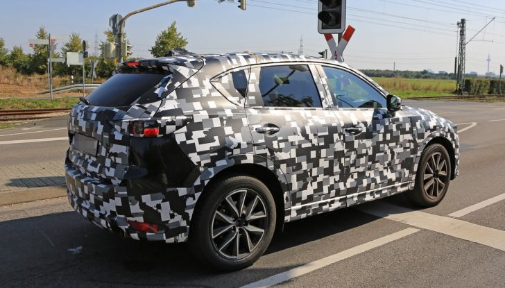 Mazda CX-5 MY2018, prime foto spia dei test dinamici - Foto 16 di 17