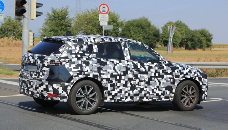 Mazda CX-5 MY2018, prime foto spia dei test dinamici - Foto 8 di 17
