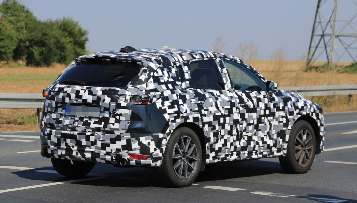 Mazda CX-5 MY2018, prime foto spia dei test dinamici - Foto 9 di 17