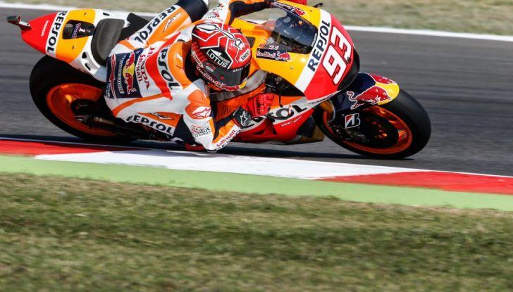 Risultati MotoGP Misano 2016, qualifiche: pole a Lorenzo, Rossi secondo - Foto 28 di 32