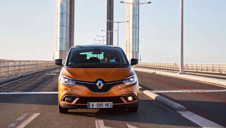 Nuova Renault Scenic, prezzi e gamma per il mercato italiano - Foto 5 di 15