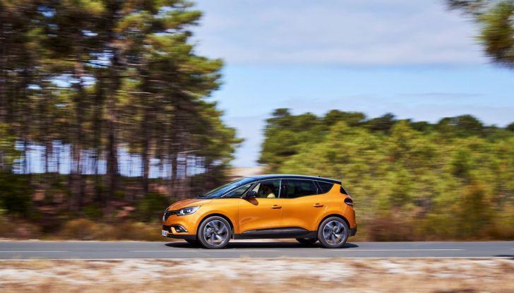 Nuova Renault Scenic, prezzi e gamma per il mercato italiano - Foto 14 di 15