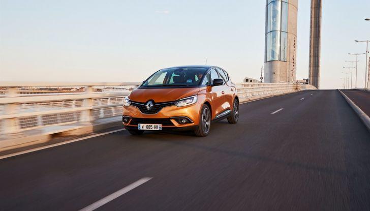 Nuova Renault Scenic, prezzi e gamma per il mercato italiano - Foto 15 di 15