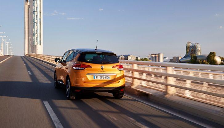 Nuova Renault Scenic, prezzi e gamma per il mercato italiano - Foto 6 di 15