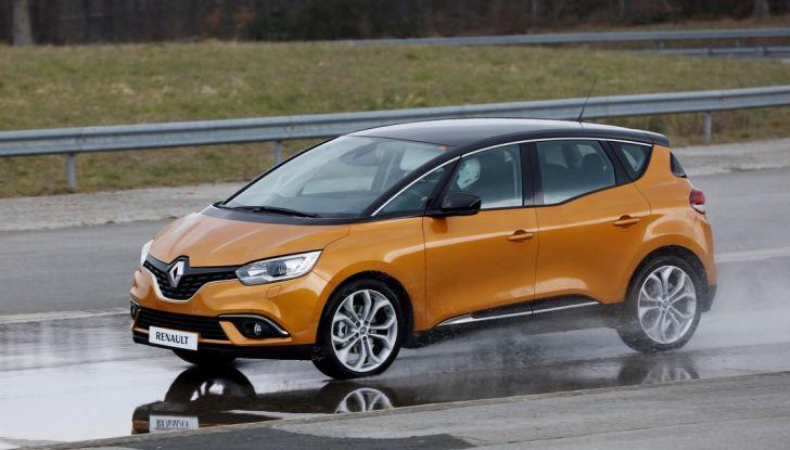 Nuova Renault Scenic, prezzi e gamma per il mercato italiano - Foto 9 di 15