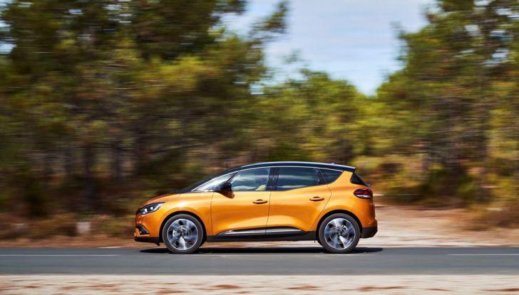 Nuova Renault Scenic, prezzi e gamma per il mercato italiano - Foto 13 di 15