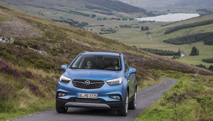 Nuovo Opel Mokka X: prova su strada, prezzi e motori - Foto 4 di 8