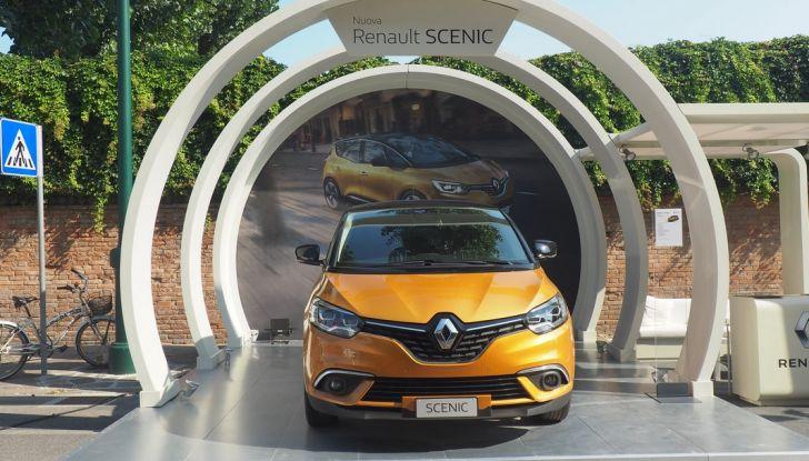 Alla 73° Mostra del Cinema di Venezia debuttano NINGYO e la nuova Renault Scenic - Foto 1 di 15
