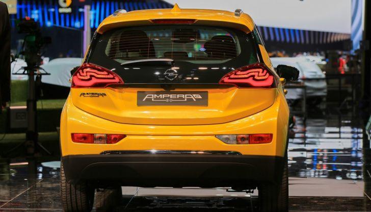 Opel Ampera-e, la monovolume elettrica debutta al salone dell'Auto di Parigi 2016 - Foto 3 di 27