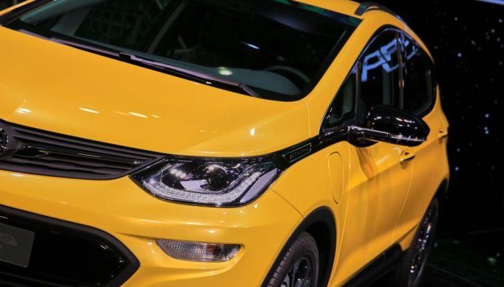 Opel Ampera-e, la monovolume elettrica debutta al salone dell'Auto di Parigi 2016 - Foto 11 di 27