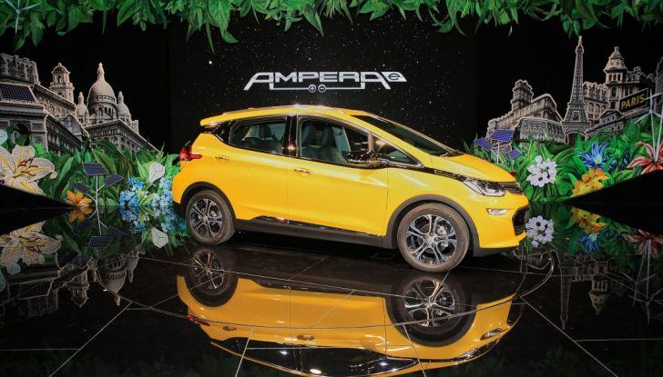 Opel Ampera-e, la monovolume elettrica debutta al salone dell'Auto di Parigi 2016 - Foto 13 di 27