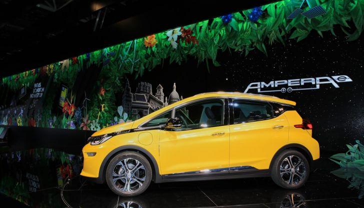 Opel Ampera-e, la monovolume elettrica debutta al salone dell'Auto di Parigi 2016 - Foto 14 di 27