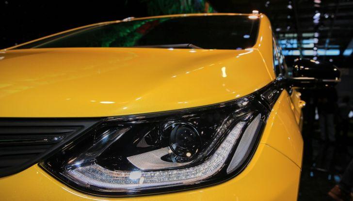 Opel Ampera-e, la monovolume elettrica debutta al salone dell'Auto di Parigi 2016 - Foto 16 di 27