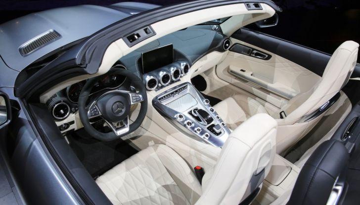 auto novità mercedes AMG GT C Roadster interno