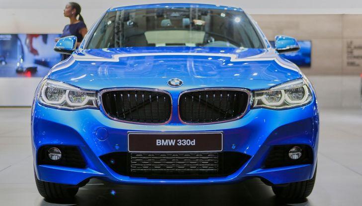 bmw serie 3 GT auto salone parigi 2016 calandra