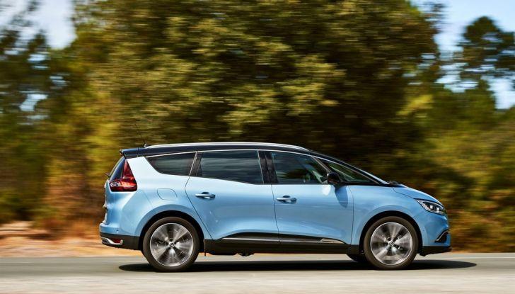 Test drive Nuova Renault Scenic 5 posti e 7 posti - Foto 15 di 35