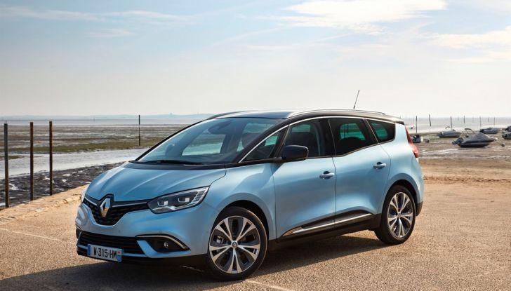 Test drive Nuova Renault Scenic 5 posti e 7 posti - Foto 18 di 35
