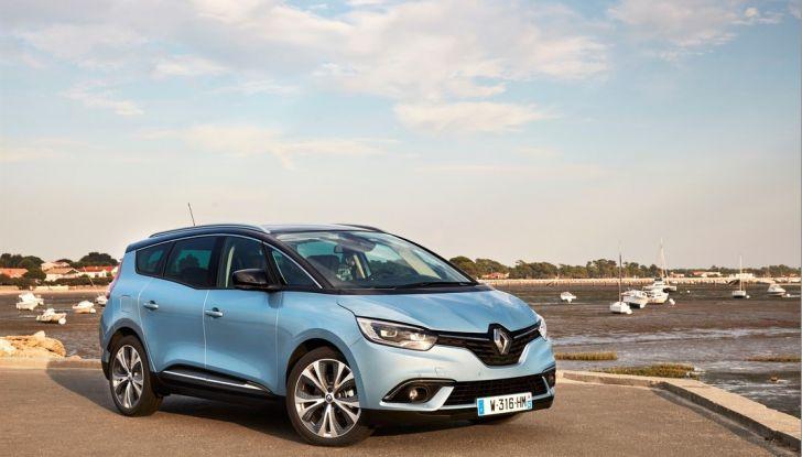 Test drive Nuova Renault Scenic 5 posti e 7 posti - Foto 20 di 35