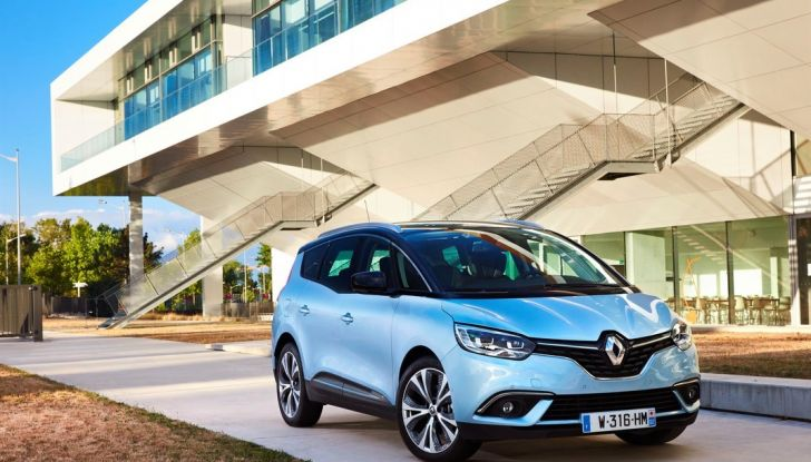 Test drive Nuova Renault Scenic 5 posti e 7 posti - Foto 21 di 35