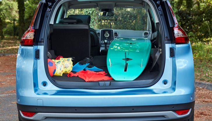 Test drive Nuova Renault Scenic 5 posti e 7 posti - Foto 27 di 35