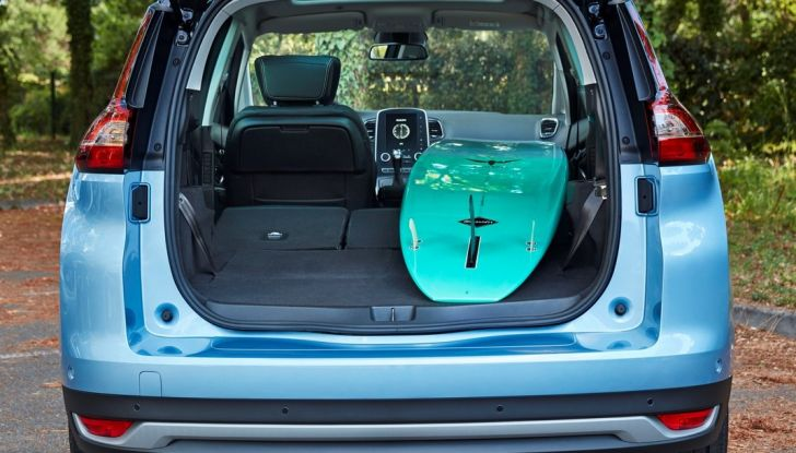 Test drive Nuova Renault Scenic 5 posti e 7 posti - Foto 28 di 35