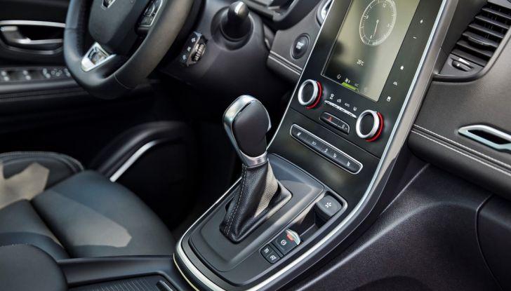 Test drive Nuova Renault Scenic 5 posti e 7 posti - Foto 32 di 35