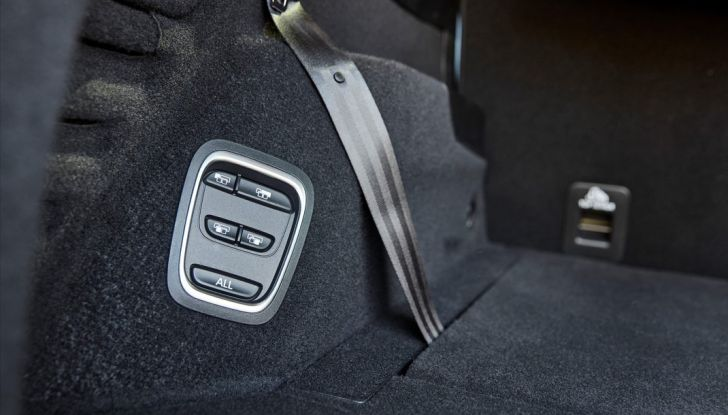 Test drive Nuova Renault Scenic 5 posti e 7 posti - Foto 35 di 35