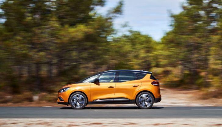 Test drive Nuova Renault Scenic 5 posti e 7 posti - Foto 8 di 35