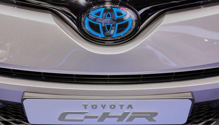 Toyota C-HR Trend disponibile con 2WD e 4WD - Foto 14 di 14