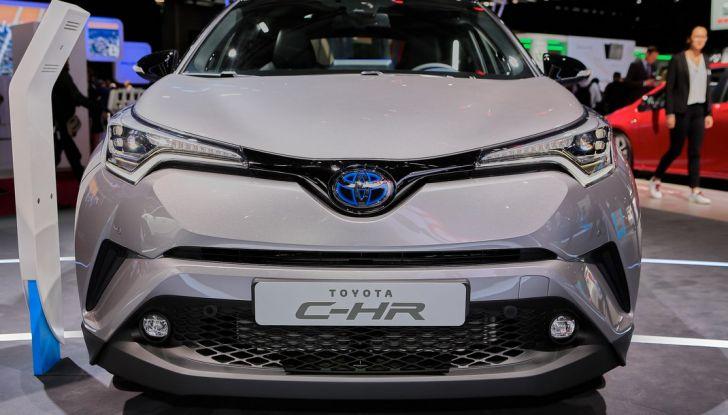 Toyota C-HR Trend disponibile con 2WD e 4WD - Foto 4 di 14