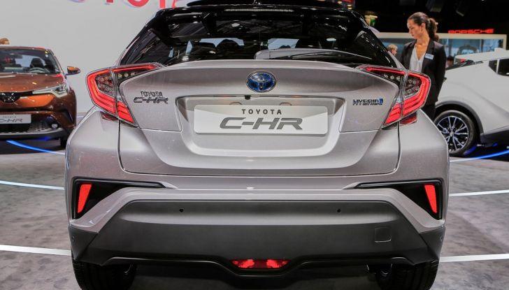 Toyota C-HR Trend disponibile con 2WD e 4WD - Foto 8 di 14