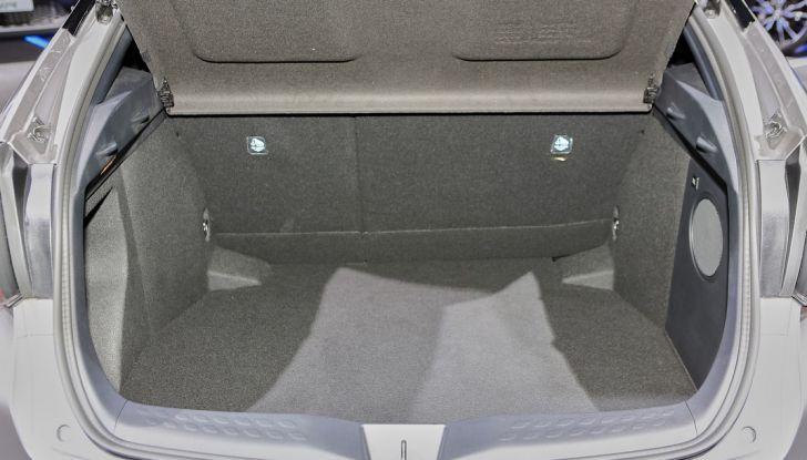 Toyota C-HR Trend disponibile con 2WD e 4WD - Foto 9 di 14