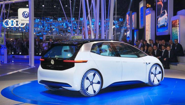 Volkswagen ID.3 2020: l'auto elettrica per tutti è Made in Germany - Foto 2 di 15