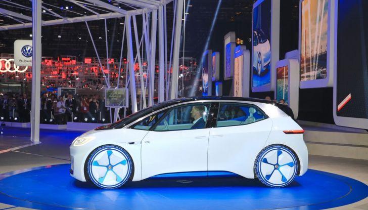Volkswagen ID.3 2020: l'auto elettrica per tutti è Made in Germany - Foto 13 di 15