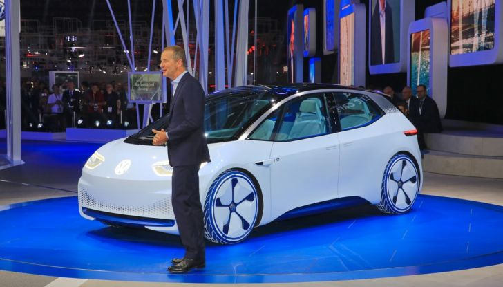 Volkswagen ID.3 2020: l'auto elettrica per tutti è Made in Germany - Foto 3 di 15