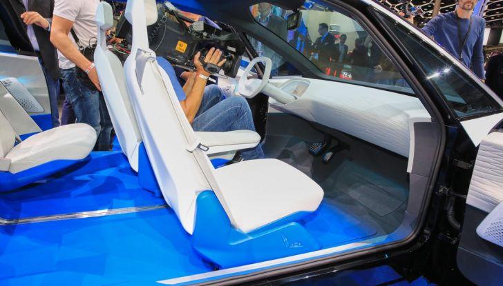 Volkswagen ID.3 2020: l'auto elettrica per tutti è Made in Germany - Foto 5 di 15
