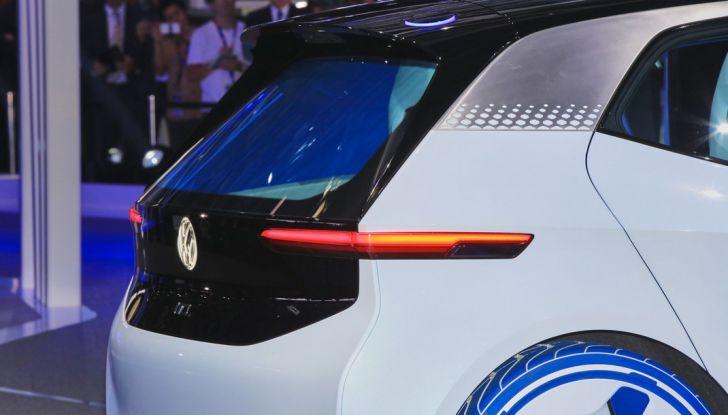 Volkswagen ID.3 2020: l'auto elettrica per tutti è Made in Germany - Foto 7 di 15