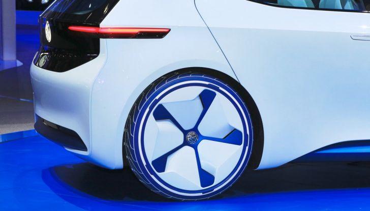 Volkswagen ID.3 2020: l'auto elettrica per tutti è Made in Germany - Foto 8 di 15