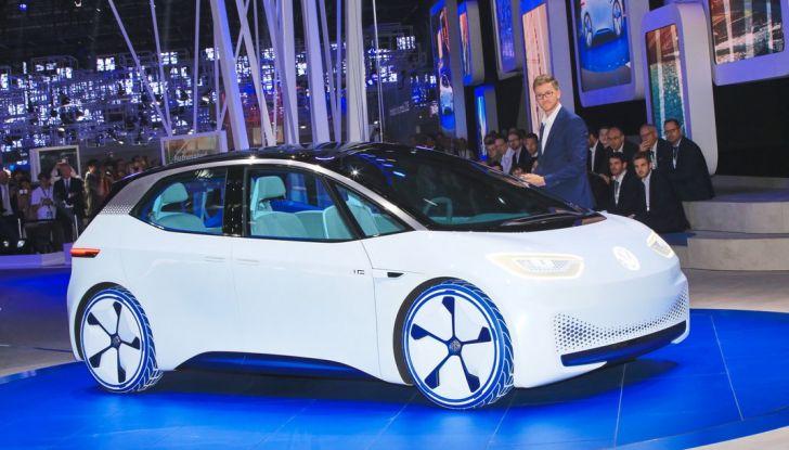 Volkswagen ID.3 2020: l'auto elettrica per tutti è Made in Germany - Foto 1 di 15