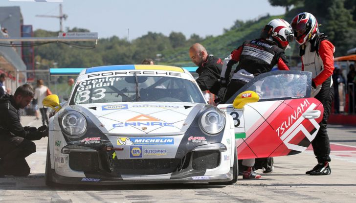 Carrera Cup Italia: Rovera vince la terza gara di Imola e Ledogar ipoteca il Titolo - Foto 6 di 8