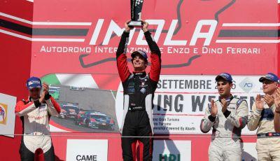 Carrera Cup Italia: Rovera vince la terza gara di Imola e Ledogar ipoteca il Titolo