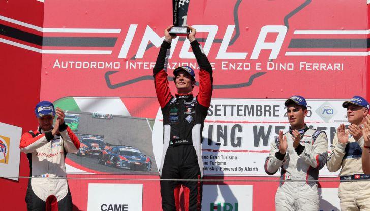 Carrera Cup Italia: Rovera vince la terza gara di Imola e Ledogar ipoteca il Titolo - Foto 8 di 8