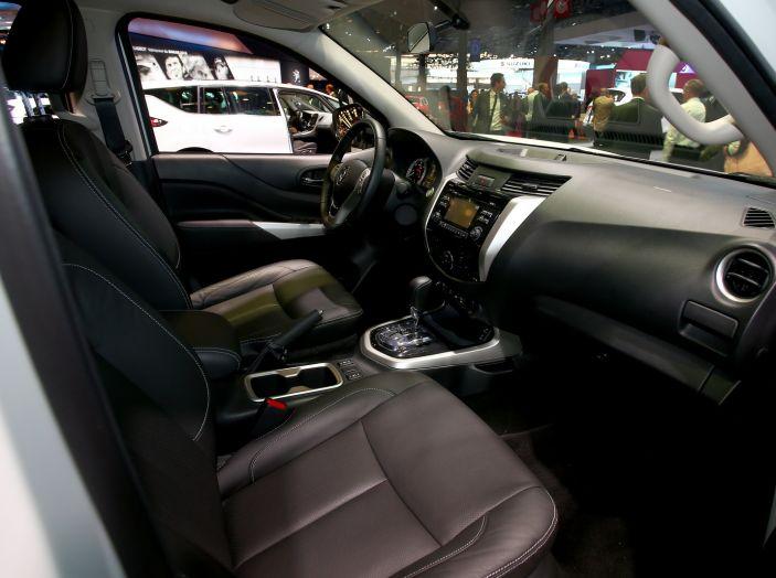 Renault Alaskan, il primo pick-up della casa francese - Foto 7 di 9