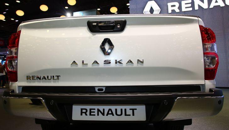 Renault Alaskan, il primo pick-up della casa francese - Foto 6 di 9