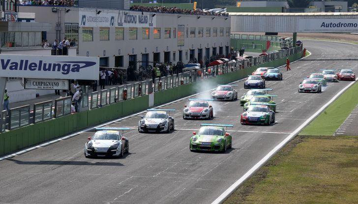 A Vallelunga doppietta di Ledogar nella Carrera Cup Italia - Foto 1 di 10