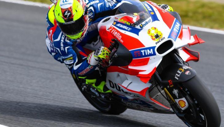 Risultati MotoGP 2016, Motegi: pole a Rossi, Marquez secondo - Foto 9 di 33