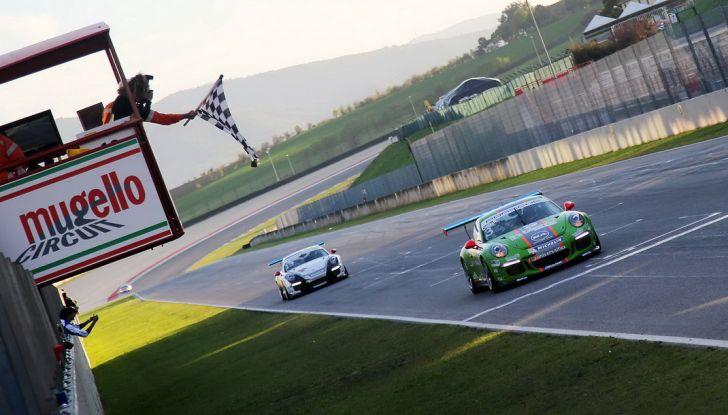 Al Mugello Ledogar si laurea campione della Carrera Cup Italia - Foto 7 di 8