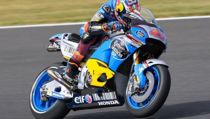 Risultati MotoGP 2016, Motegi: Lorenzo e Rossi out, Marquez è campione del mondo - Foto 21 di 33