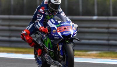 MotoGP 2016, Valencia: pole a Lorenzo, Rossi partirà dalla terza posizione