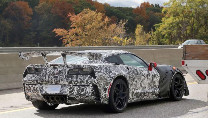 Nuova Chevrolet Corvette C7 ZR1, le prime foto spia - Foto 12 di 35
